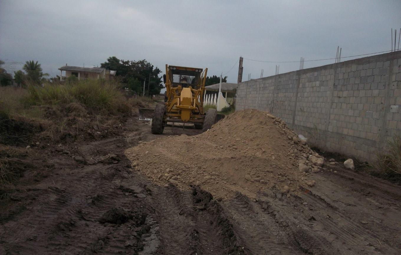 En marcha rehabilitación de calles en Villa Manuel