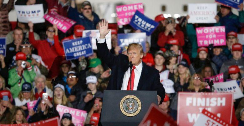 """Estamos """"enviando a los militares"""" a la frontera: Trump"""