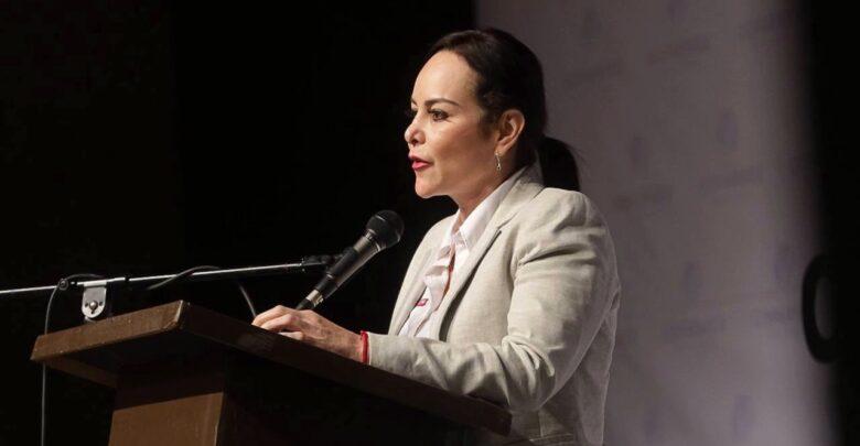 Trabajará Carmen Lilia Canturosas en infraestructura para el comercio